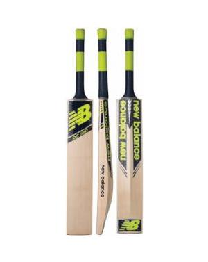 New Balance DC 580 Junior Cricket Bat